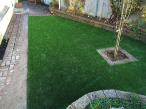 Artificial grass by Cathedral Lawns